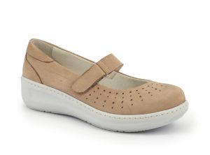 Ballerina with adjustable tear and comfort fit