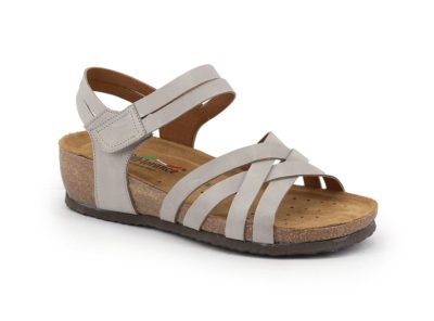 Sandal with tear and crossed bands
